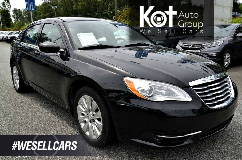 2013 Chrysler 200 LX! No accidents! Heated mirrors! Great condition! Maple Ridge BC