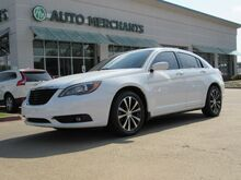 2013_Chrysler_200_Limited 3.6L, 6 CYLINDER, AUTOMATIC, LEATHER SEATS, NAVIGATION SYSTEM, REMOTE ENGINE START, SUNROOF_ Plano TX