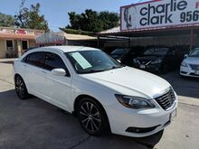 2013_Chrysler_200_Limited_ Brownsville TX