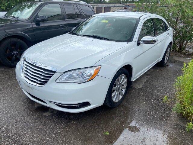 2013 Chrysler 200 Limited Cleveland OH