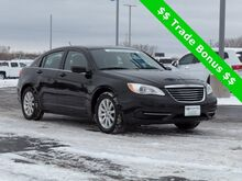 2013_Chrysler_200_Touring_ Green Bay WI