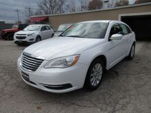 2013_Chrysler_200_Touring_ St. Joseph KS