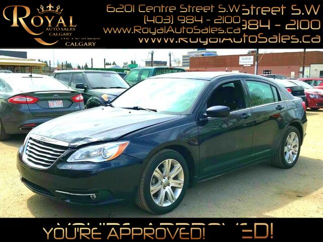 2013_Chrysler_200_Touring PWR EVERYTHING, HEATED SEATS,_ Calgary AB