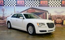 2013_Chrysler_300__ Bristol PA