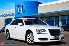 2013_Chrysler_300_Motown_ Wichita Falls TX