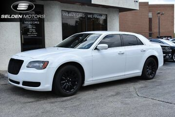 2013_Chrysler_300_S_ Conshohocken PA