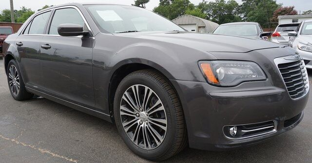 2013 Chrysler 300 S Moore SC