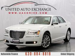 2013_Chrysler_300C_AWD v6 w/ Navigation, Front and Rear Parking Aid with Rear View Camera, Blind Spot Monitor_ Addison IL