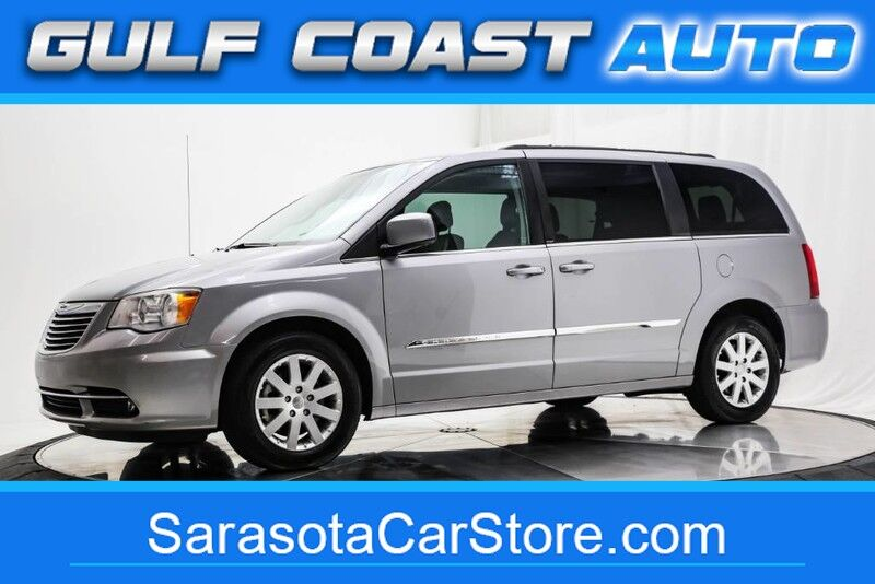 2013_Chrysler_TOWN & COUNTRY_TOURING LEATHER NAVIGATION DVD STOW&GO WHEELS NICE !!_ Sarasota FL