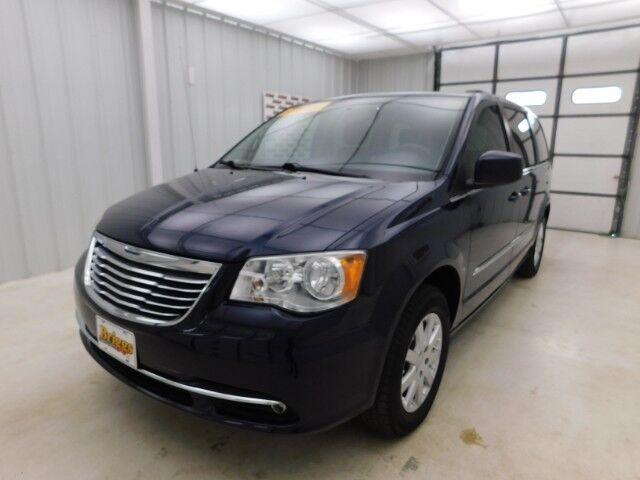 2013 Chrysler Town & Country 4dr Wgn Touring Manhattan KS