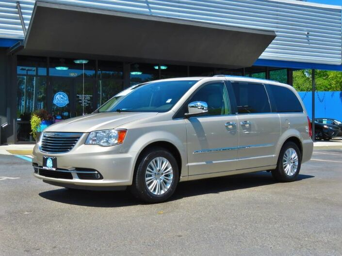 2013 Chrysler Town & Country Limited Jacksonville FL