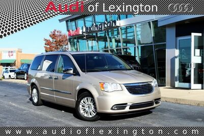 2013_Chrysler_Town & Country_Limited_ Richmond KY