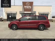 2013_Chrysler_Town & Country_S_ Wichita KS