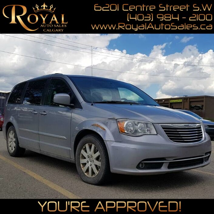 2013 Chrysler Town & Country Touring Calgary AB