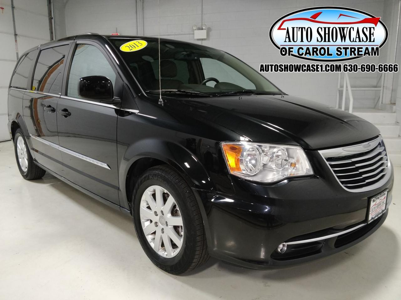 2013 Chrysler Town & Country Touring Carol Stream IL