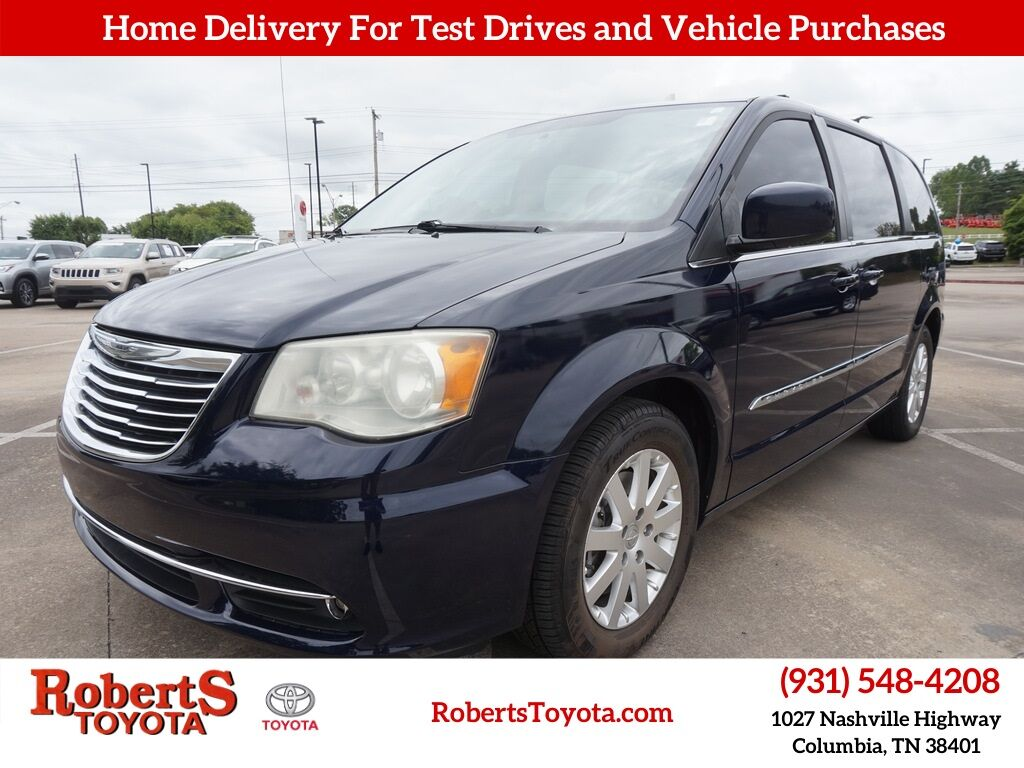 2013 Chrysler Town & Country Touring Columbia TN