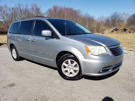 2013 Chrysler Town & Country Touring Georgetown KY