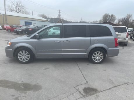 2013 Chrysler Town & Country Touring Glenwood IA