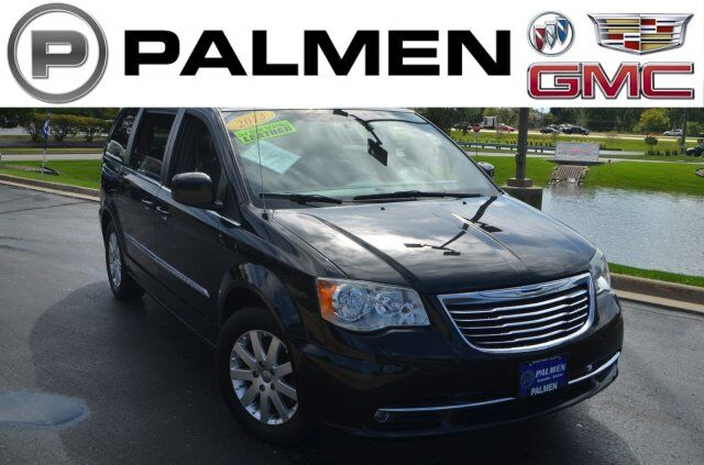 2013 Chrysler Town & Country Touring Kenosha WI