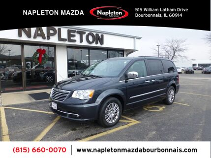 2013_Chrysler_Town & Country_Touring-L Blu-Ray Leather_ Bourbonnais IL