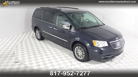 2013_Chrysler_Town & Country_Touring-L CONVENIENCE PKG/NAV/CAM/CRUISE/P2_ Euless TX