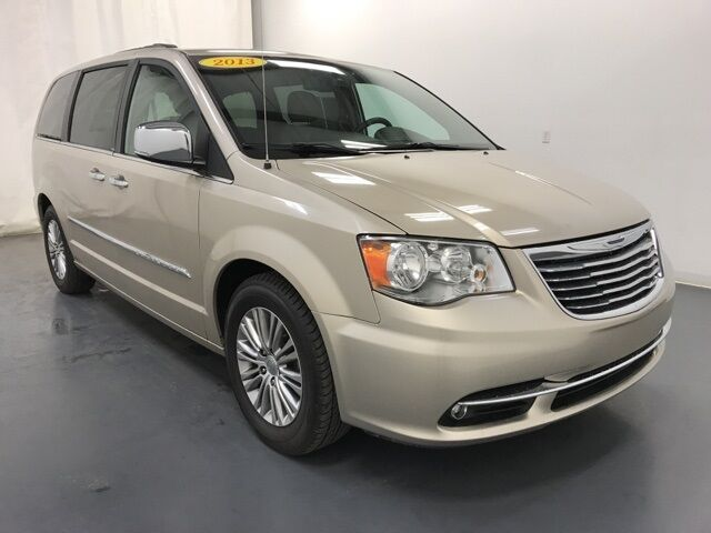 2013 Chrysler Town and Country Touring-L Holland MI