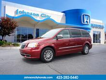 2013_Chrysler_Town & Country_Touring-L_ Johnson City TN