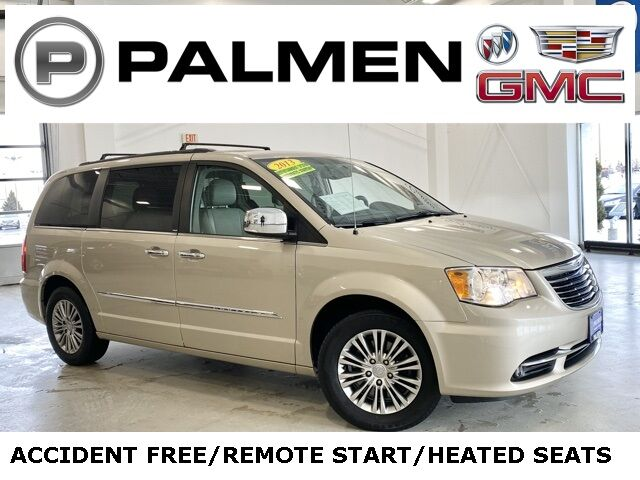 2013 Chrysler Town & Country Touring-L Racine WI