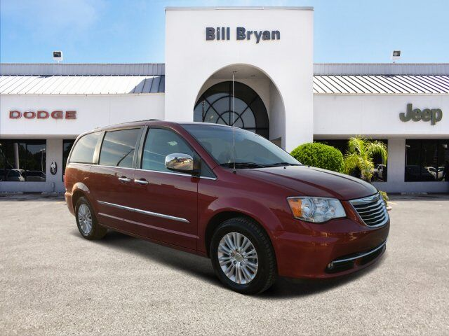2013 Chrysler Town & Country Touring-L Leesburg FL