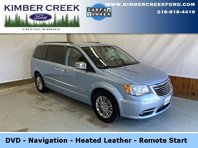 2013 Chrysler Town & Country Touring-L Pine River MN