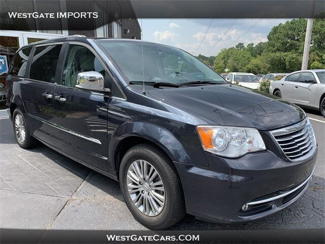 2013 Chrysler Town & Country Touring-L Raleigh NC
