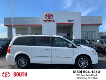 2013_Chrysler_Town & Country_Touring-L_ Richmond KY