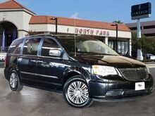 2013 Chrysler Town & Country Touring-L San Antonio TX