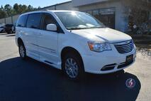 2013 Chrysler Town & Country Touring-L Wheelchair Van Conyers GA
