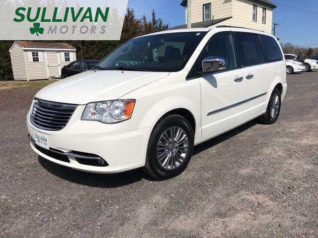 2013 Chrysler Town & Country Touring-L Woodbine NJ