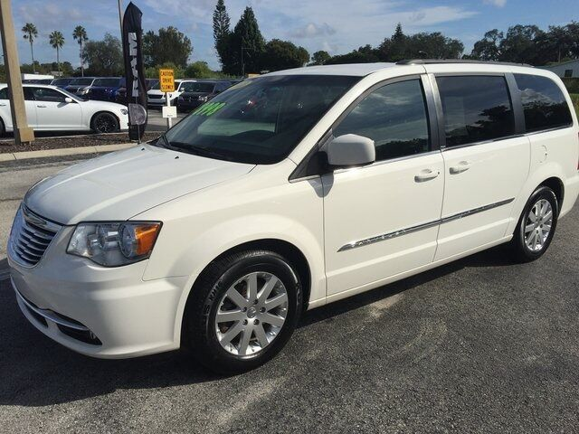 2013 Chrysler Town & Country Touring Lake Wales FL