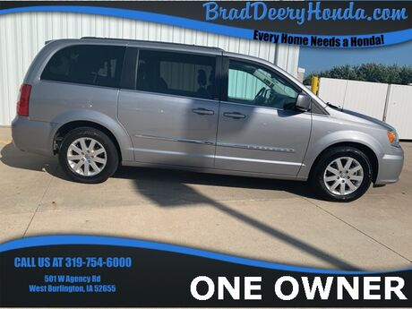 2013 Chrysler Town & Country Touring West Burlington IA