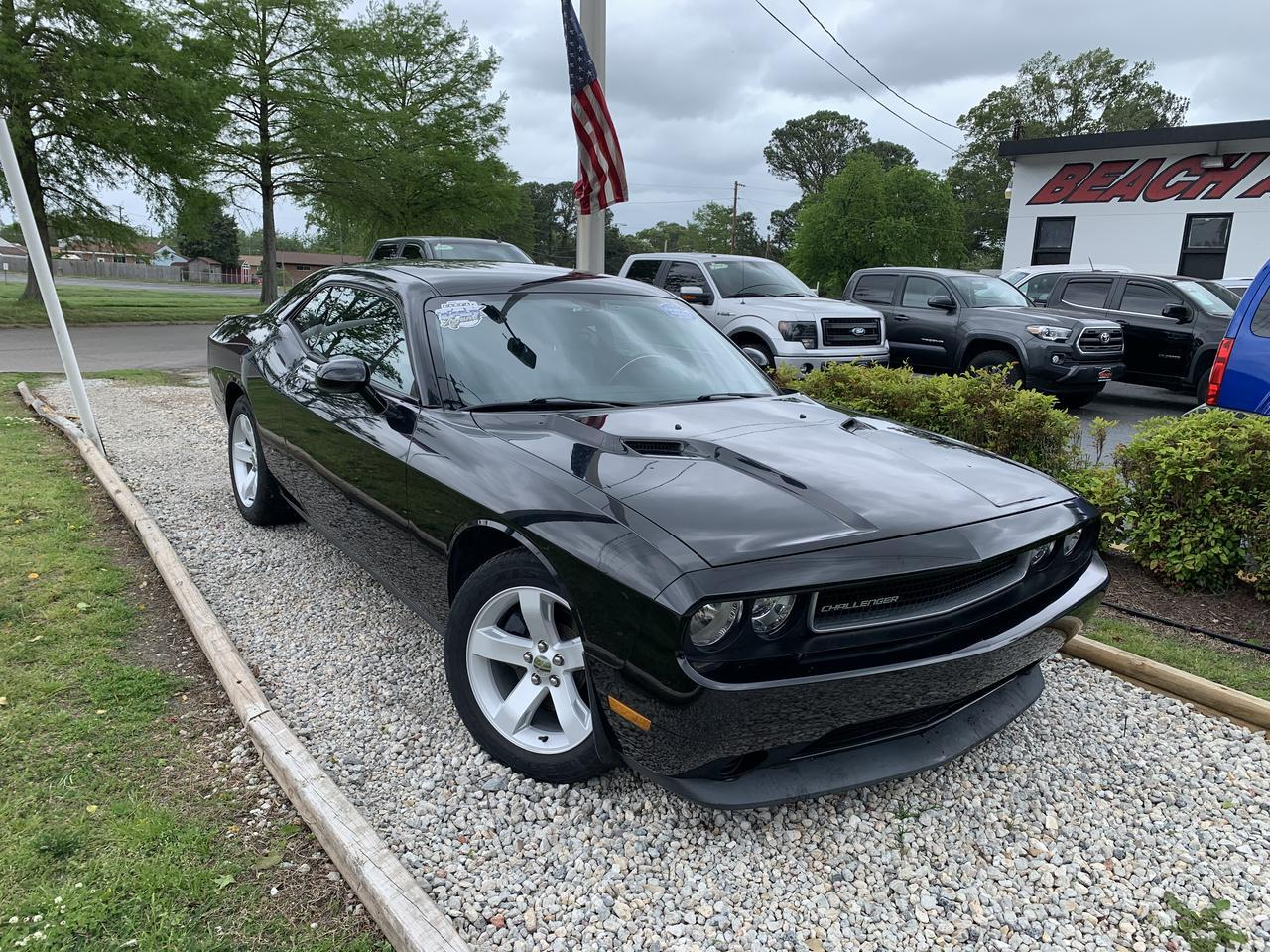 2013 DODGE CHALLENGER SXT, WARRANTY, POWER DRIVERS SEAT, SIRIUS RADIO, A/C, THEFT RECOVERY, 1 OWNER, LOW MILES! Norfolk VA