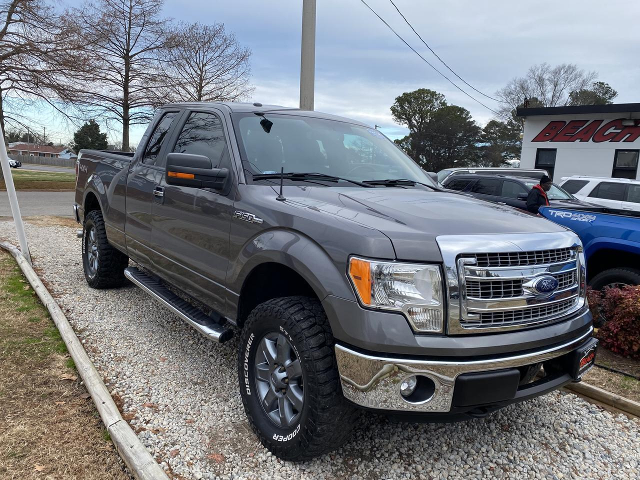 2013 FORD F-150 XLT SUPERCAB 4X4, WARRANTY, BLUETOOTH, BACKUP CAM, PARKING SENSORS, TOW PKG, SIRIUS RADIO, CLEAN! Norfolk VA