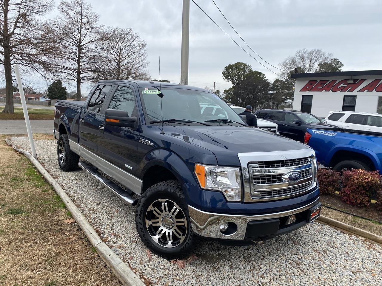 2013 FORD F-150 XLT SUPERCREW 4X4, WARRANTY, LEATHER, BLUETOOTH, BACKUP CAM, PARKING SENSORS, TOW PKG, AUX/USB PORT! Norfolk VA