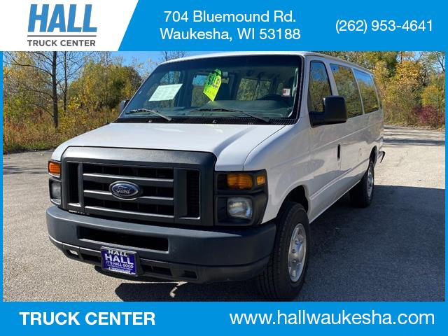 2013 Ford E-Series Wagon E-350 SUPER DUTY EXT XL Waukesha WI