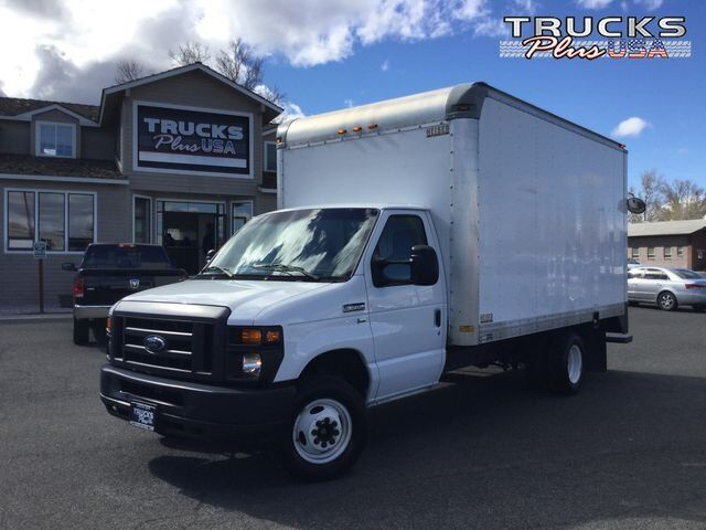 2013 Ford Econoline Commercial Cutaway VAN CAB-CHASSIS 2D