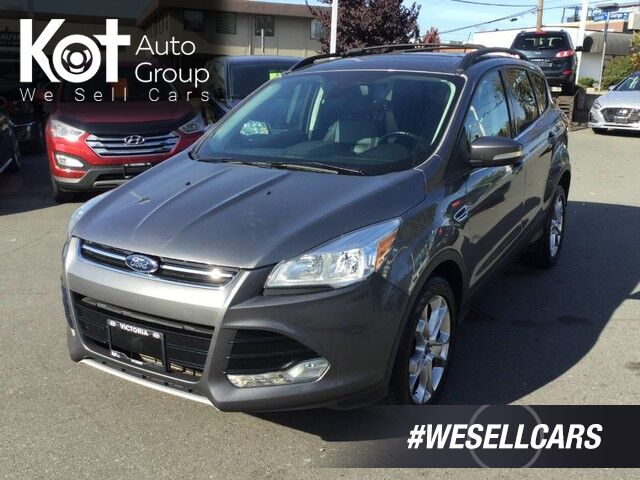 2013 Ford Escape SEL 4WD No Accidents! Leather Interior, Navigation, Panoramic Sunroof Victoria BC