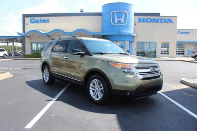 2013_Ford_Explorer_FWD 4dr XLT_ Richmond KY