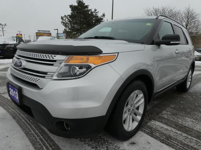 2013 Ford Explorer XLT Navigation Heated Seats Back Up Cam Essex ON