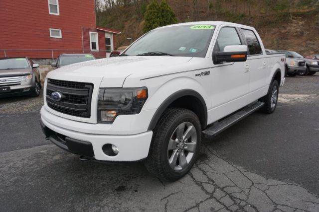 2013 Ford F-150 FX4 SuperCrew 5.5-ft. Bed 4WD Schuylkill Haven PA