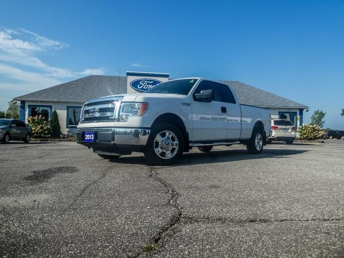 2013 Ford F-150 XLT- CUSTOM RIMS- LOW KM- RWD Essex ON