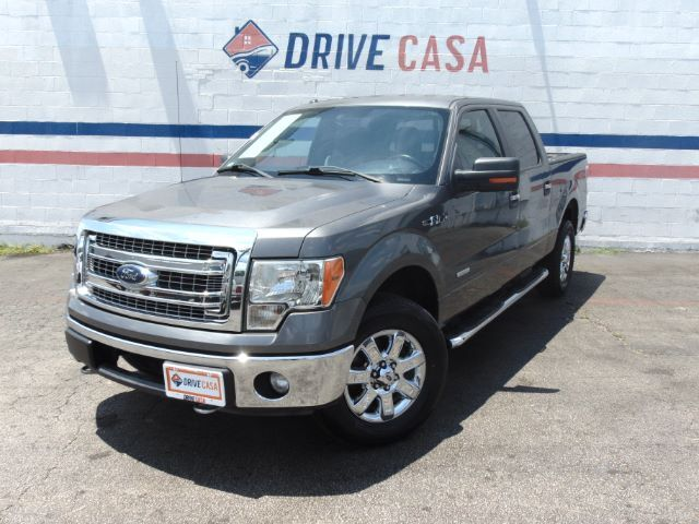 2013 Ford F-150 XLT SuperCrew 5.5-ft. Bed 4WD Dallas TX