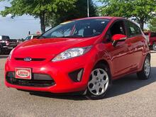 2013_Ford_Fiesta_5dr HB SE_ Raleigh NC