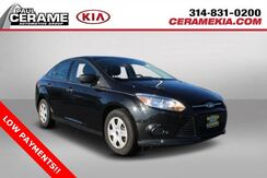 2013_Ford_Focus_S_ Saint Louis MO